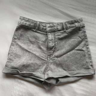 H&M Grey Highwaisted Shorts
