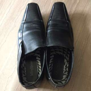 Julius Marlow leather shoe