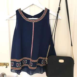 Navy tank top embroider
