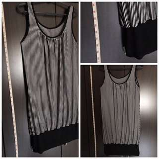 TUNIC - Black & White Vertical Stripey, Lycra, fits S - L