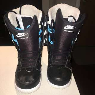 NIKE Snowboarding Boots - Worn Once