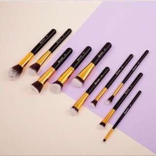 BH COSMETICS - Sculp And Blend 3 10pcs Brush Set