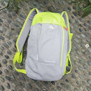 Quechua Junior Backpack in Light Grey and Green (brand new).