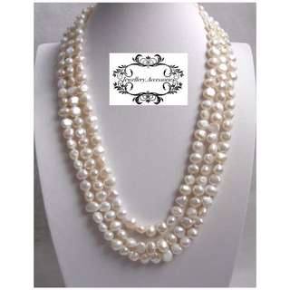 Genuine Lustrous White/ Beige Freshwater Baroque Pearls Necklace  . 金屬光亮銀米白色巴洛克不規則真淡水珍珠項鍊