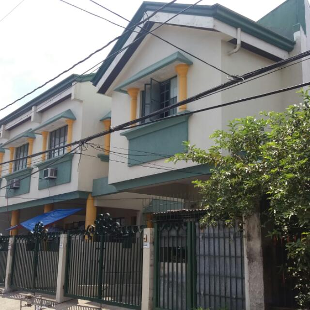 2 br apartment with parking for rent
