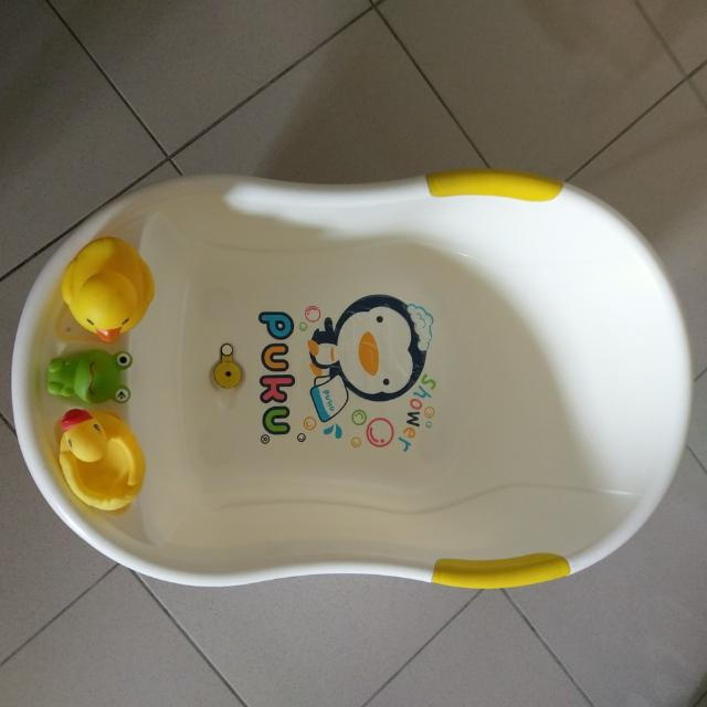 沐浴澡盆送洗澡玩具
