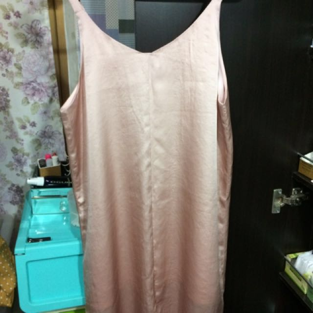 粉色雙面穿背心洋裝