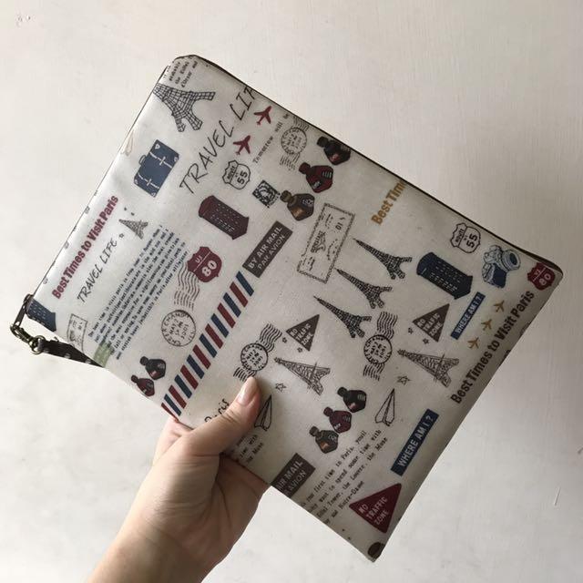 平板 雜物 隨身手拿包 收納袋 可裝ipad 有兩個內袋 膠面