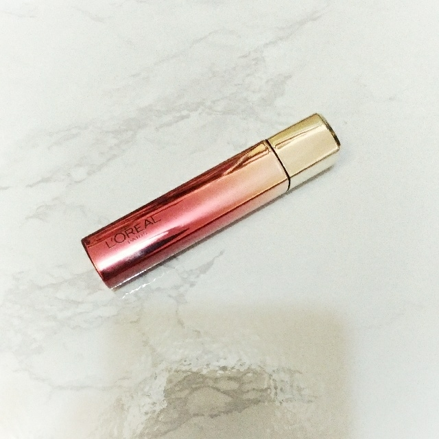 四四二手集 L'oreal巴黎萊雅 3D玩色精油唇萃 #805 Dark Red   #我的彩妝可超取