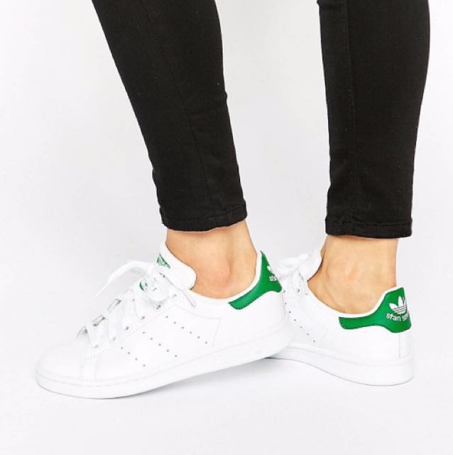 fd06139c5 adidas Originals White and Green Stan Smith Trainers (BNWT)