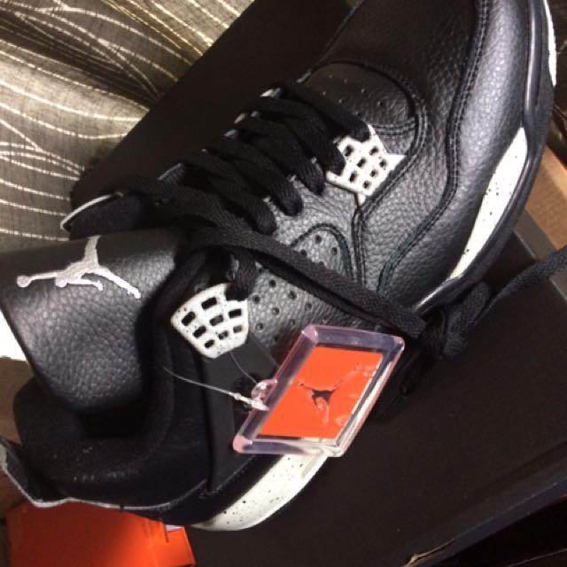 """Air Jordan 4s """"Oreos"""""""