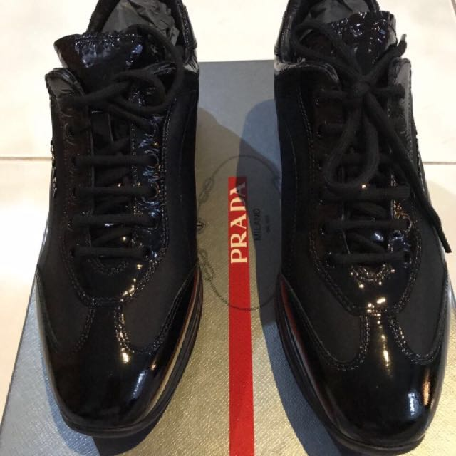 AUTHENTIC PRADA SNEAKERS NEW
