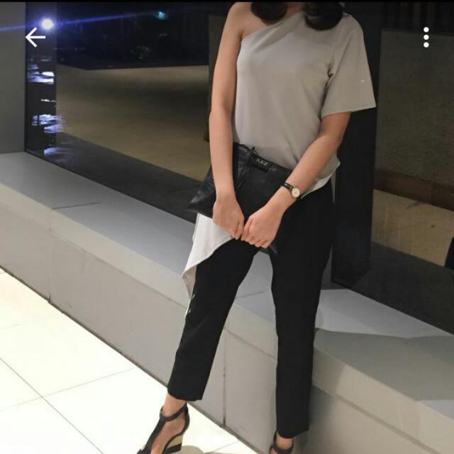 BKK Shoulder Grey Top