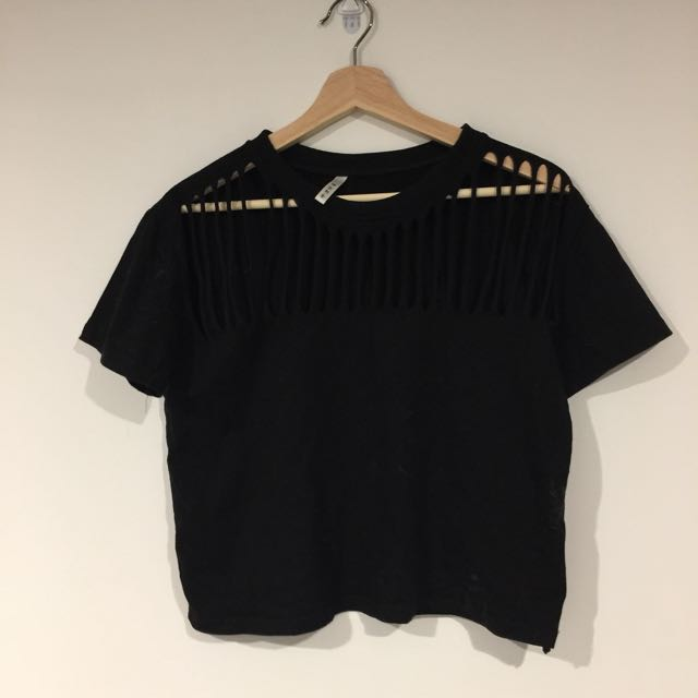 Black cutout crop tee
