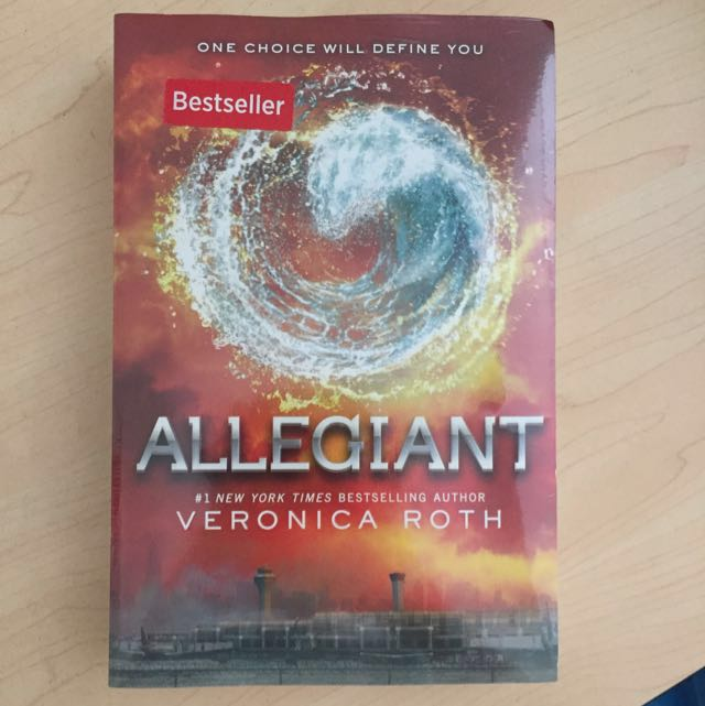 Buku Baruu!! Allegiant by Veronica Roth