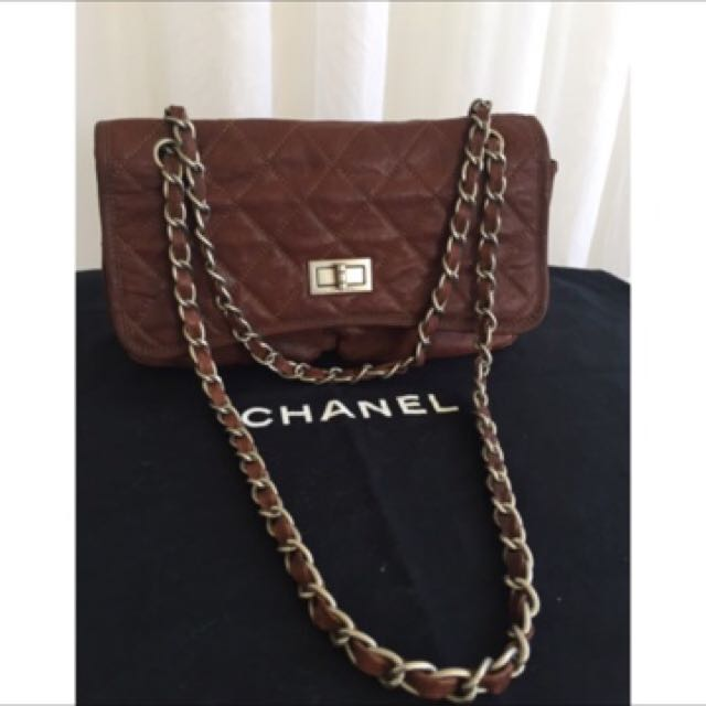 Chanel Carmel Brown Quilted Lamb Classic Flap Chain