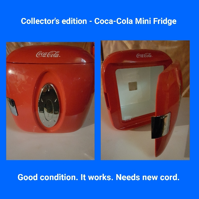 Coca-Cola Mini Fridge *Collector's Item *