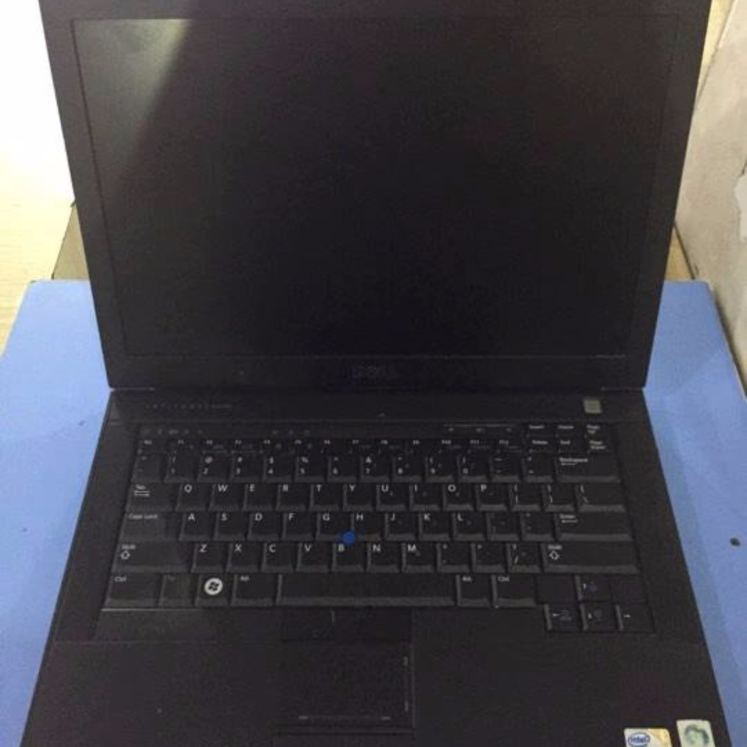 Dell Latitude E6400 Core2Duo