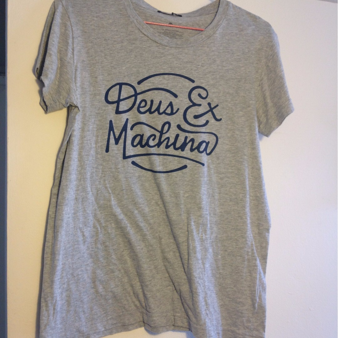 Deus Ex Machina Womens Grey Tshirt Sz 12