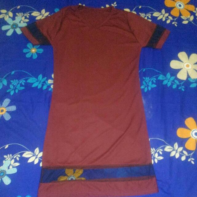 Dress Merah Marun