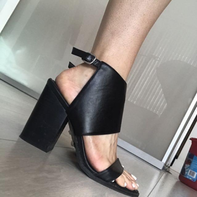 Forever21 block black heels