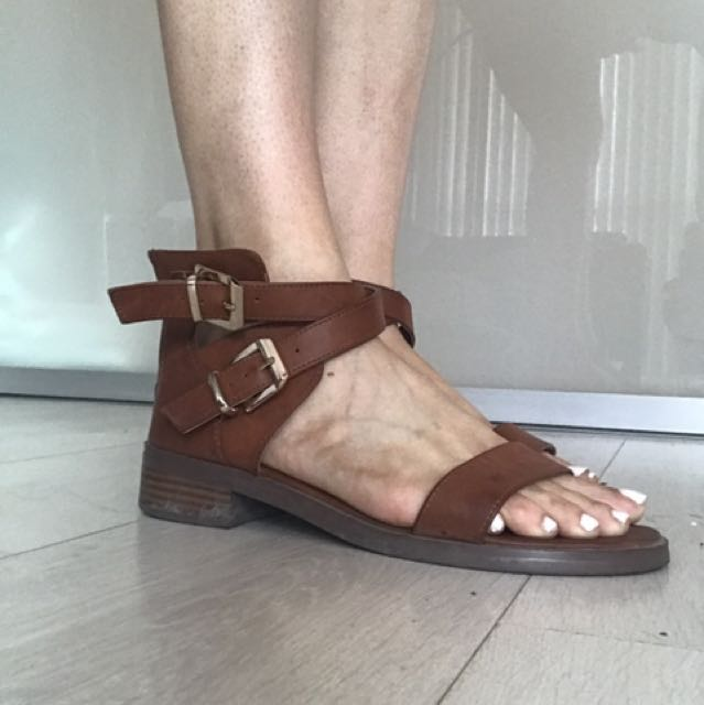 Forever 21 brown sandals