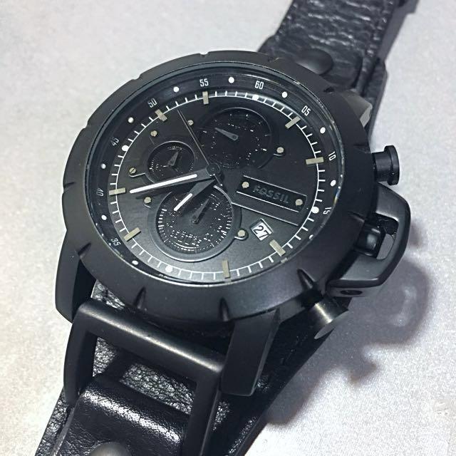 ⌚️Fossil 霧面黑色金屬錶面皮革皮帶三眼計時腕錶.全新正品