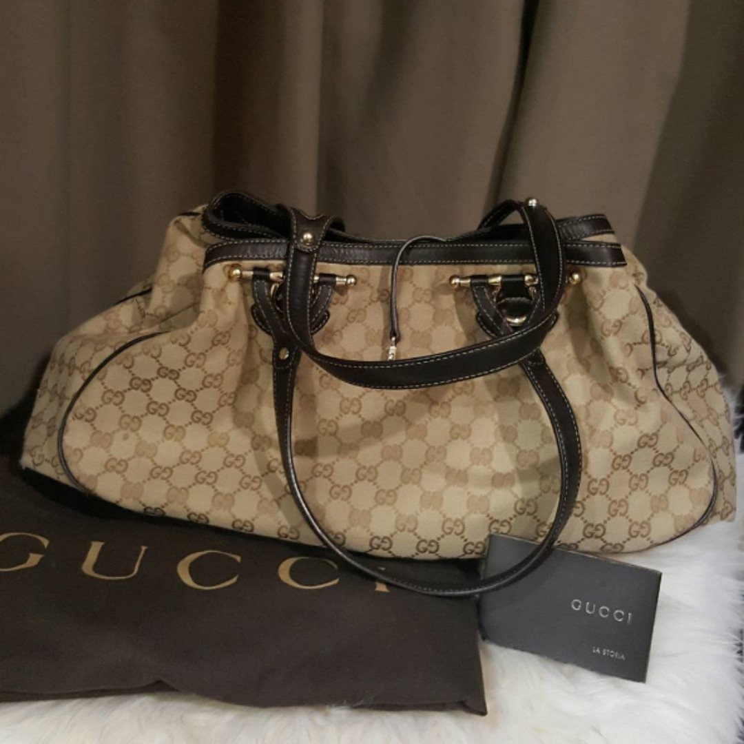 GUCCI Large Hobo Signature Bag (preowned, with dustbag & carecard).