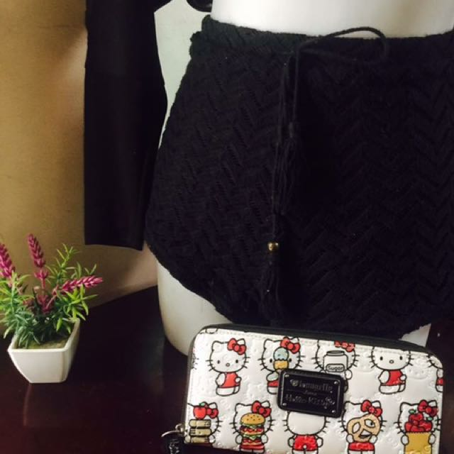 Hello kitty authentic loungefly wallet..