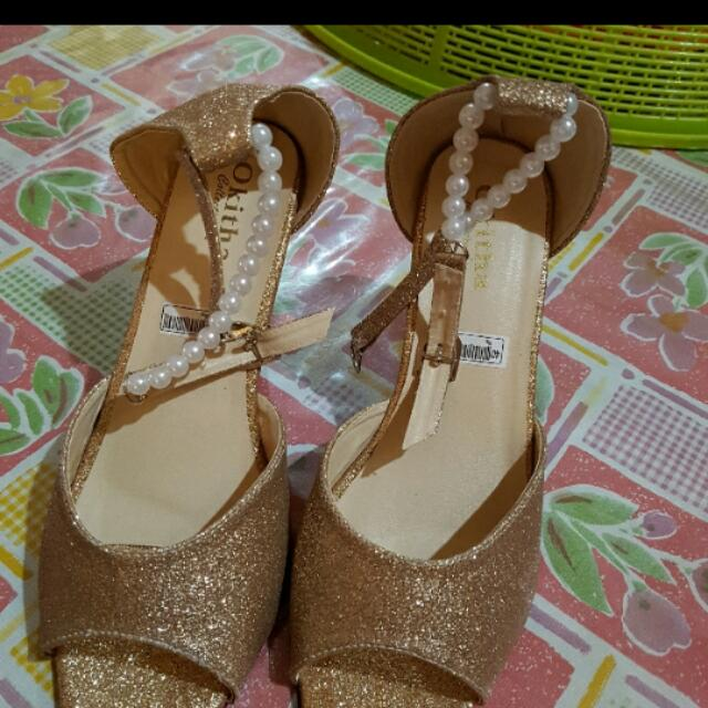 (REPRICE) Premium High Heels Gold NEW