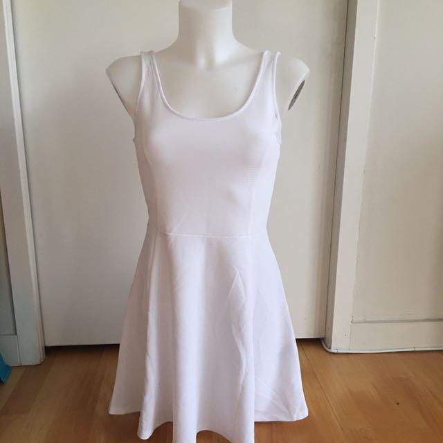 H&M white dress size 6