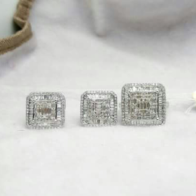 HOT SALE!!! SALE!! SALE!! 14K WHITE GOLD HONGKONG DIAMOND SET 3carats