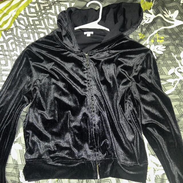 Jacob Womens Velvet Sweater