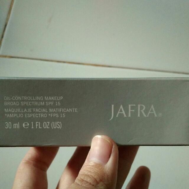 Jafra Oil Controlling Make Up SPF 15 Shade Natural Tan