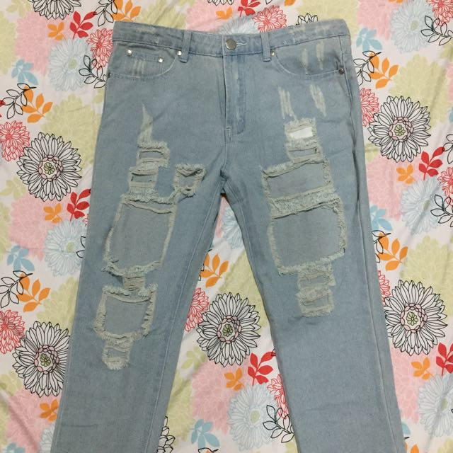 New! Ripped Jeans Tembus