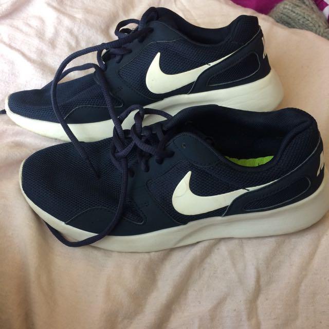 Nike navy blue kaishi sneakers