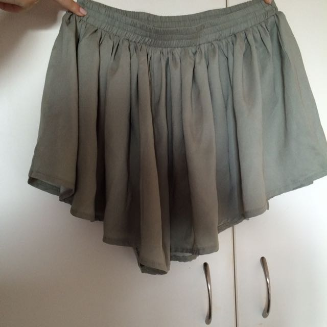 Olive green flowing shorts