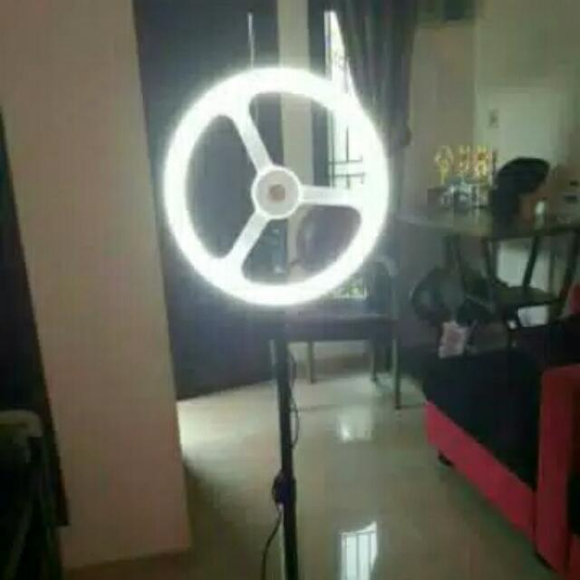 Ring Light ( Lampu Makeup )