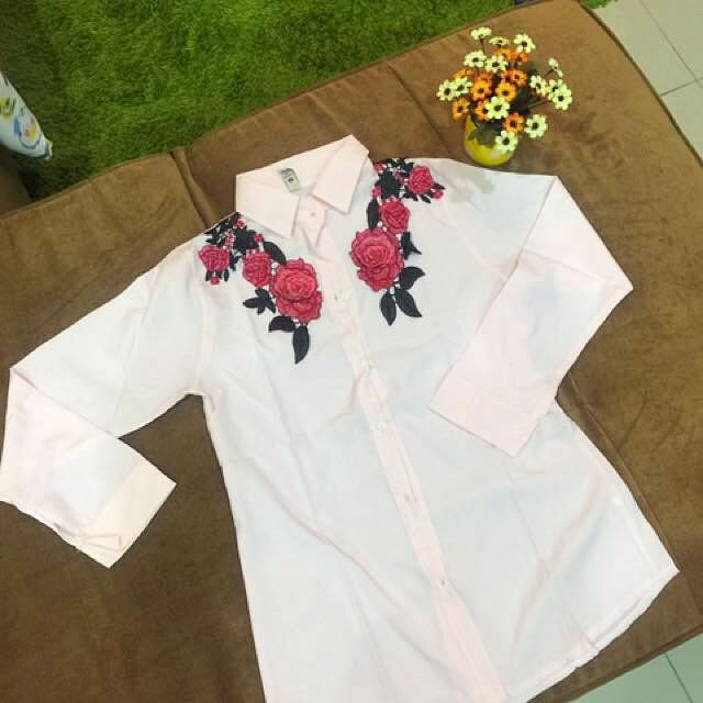 Rose pink button top