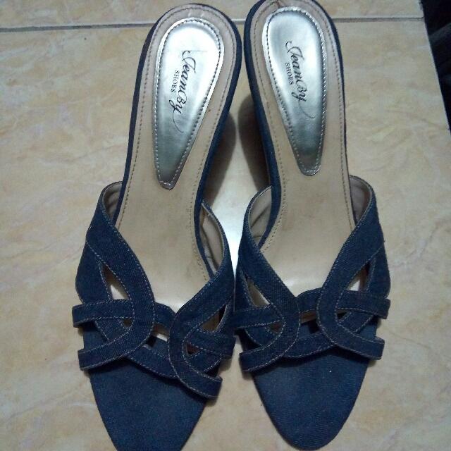 Sendal Wedges Jeans