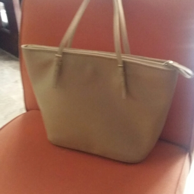 Synthetic Safiano Leather Bag