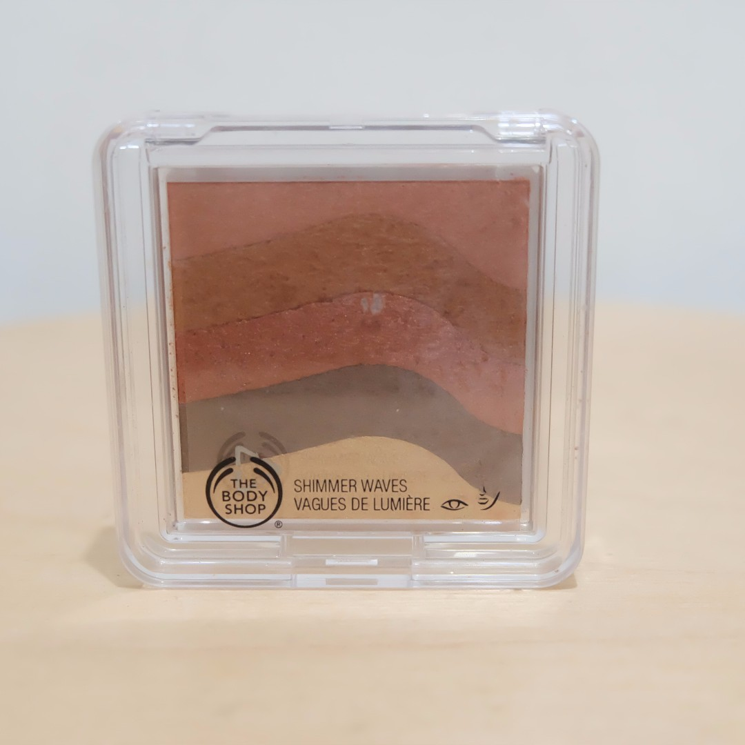 The Body Shop Shimmer Waves (Shade: Bronze)
