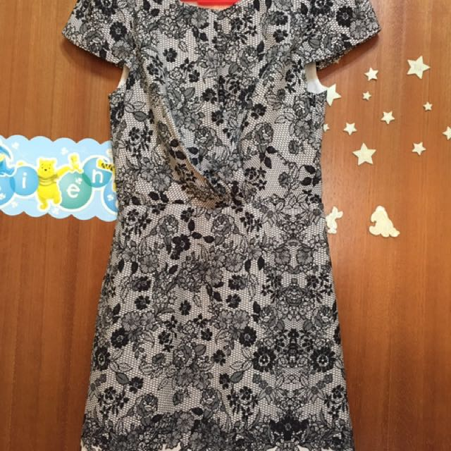512d10cb7dab Topshop Printed Lace Fitted Dress, Women's Fashion, Clothes, Dresses ...
