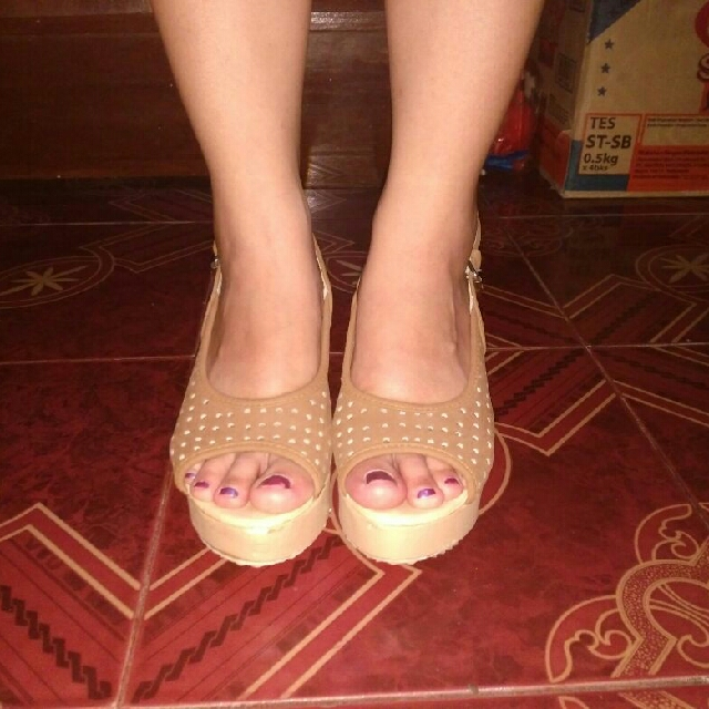 Wedges Floop Shoes (local brand)