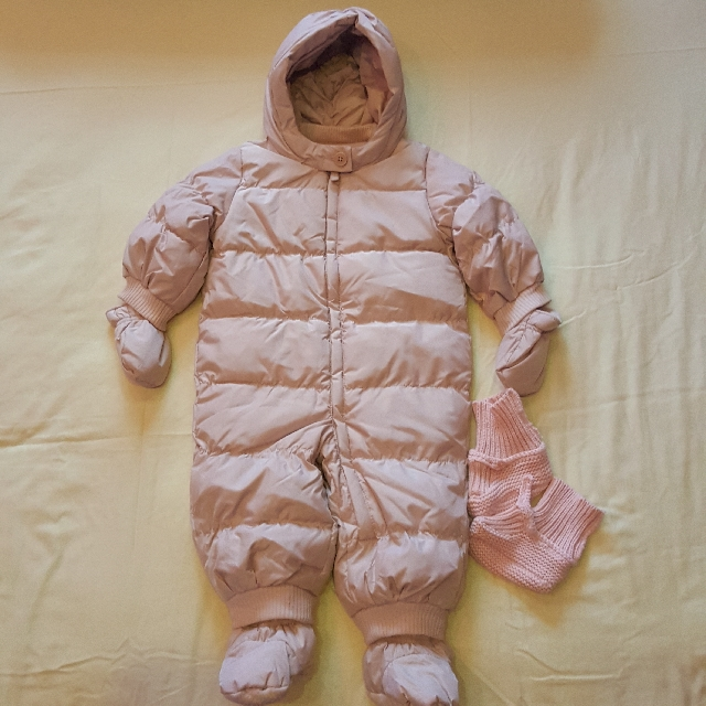 c1d14ad15bcf Baby Gap winter snow suit for 12-18mo
