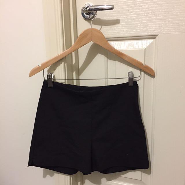 ZARA black high waisted shorts XS / 6-8