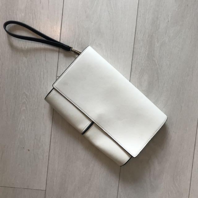 Zara white clutcg