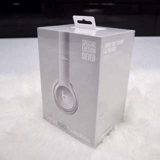Brand New Beats Solo2 Wireless (Special Edition Silver)