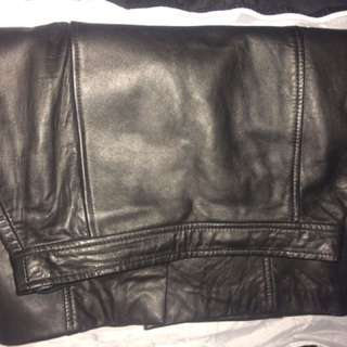 size 6 lined leather skirt
