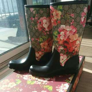 Brand New Gucci Bloom Rain Boots